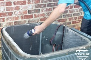 Cleaning your AC's condener coils
