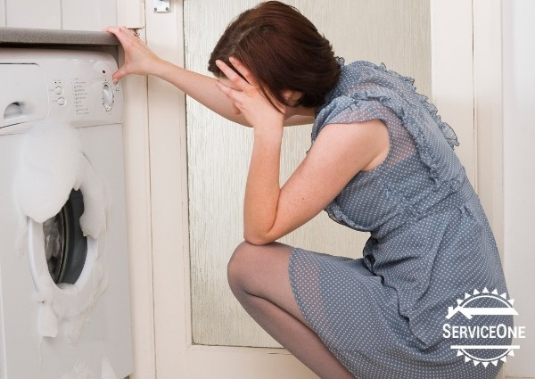 Signs your appliances need repaired: Laundry room